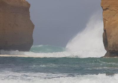 Large waves at Great Ocean road