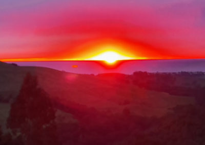 Sunrise on Ultimate 2 day great ocean road tour