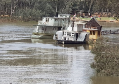 Paddle steamer on the mighty Murray river