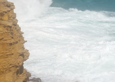 Large waves at the Grotto